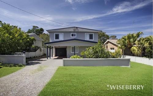 76 Winbin Crescent, Gwandalan NSW 2259