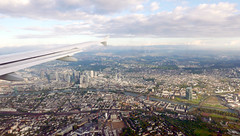 Approaching Frankfurt (roomman) Tags: 2016 warsaw warszawa poland germany frankfurt flight lufthansa lh dlh a319 waszawa airline airlines travel travels dailu ailu lu airbus airbus319 airbusa319 waw fra epwa eddf airporyt airports aerial aereal landscape nature from above main river morning early citycentre city sachsenhausen tower skyscraper bank banking banks
