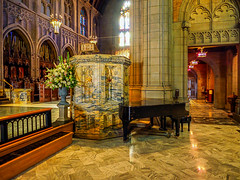 words_and_music (gerhil) Tags: architecture interior travel church cathedral episcopal detail elements juxtaposition piano pulpit arches leadinglines autumn november2016 nikcolorefexpro4 1001nights 1001nightsmagiccity