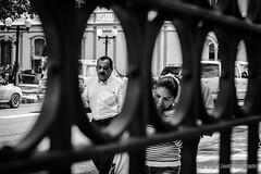 Dos en Dos (Lex Arias / LeoAr Photography) Tags: 2016 bn bw barquisimeto blackandwhite blancoynegro calle callejera everybodystreet fotografacallejera gente iglexariasphotos leoarphotography lexarias monochromatic monochrome monocromo nikon nikond3100 street streetphotography venezuela