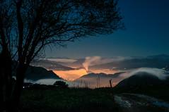Nocturna 2 (ccc.39) Tags: asturias oviedo lagrandota noche nocturna night mardenubes rbol luces camino nubes cielo oscuro aldea