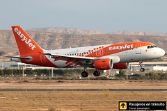 Airbus A319 Easyjet (Amsterdam livery) (Ana & Juan) Tags: airplane airplanes aircraft aviation airport aviones airbus aviacin a319 easyjet amsterdam special livery landing alicante alc leal spotting spotters spotter planes canon closeup sunrise