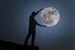 The Super Moon القمر العملاق (معضاد) Tags: the super moon القمر العملاق معضاد lesnafi qatar landscape nightscape تعريض ليلي تصوير