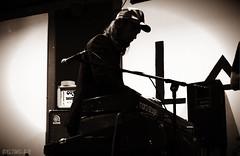 James Leg (el.timdrake) Tags: jamesleg james john keys keyboards keyboard teclados music musica rock blues psychedelic musico man sing singer vox vocalista roll weed concerts conciertos indoors beard rockandroll rockstar shows live tecladista piano soundcheck monochrome monocromatico grises blancoynegro foto fotografia photos photography photoshoot