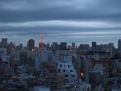 Wavy cloud (Kito K (fxkito2)) Tags: sky japan tokyotower tokyo cloud cityscape