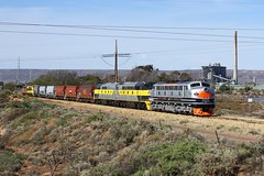 Making the last consist up (Aussie foamer) Tags: b61 bclass clyde emd vr victorianrailways vline westcoastrailway wcr ssr streamliners southernshorthaulrailroad stirlingnorth portaugusta portaugustapowerstation train railway locomotive rpauvicbclass rpauvicbclassb61