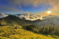 ~ Clouds sunset (Shang-fu Dai) Tags:  taiwan   3416m 3417m  seaofclouds sunset hehuan nikon d800e af20mmf28d  landscape  formosa