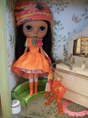 Makani in orange........
