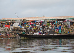 Benin, West Africa, Cotonou, dantokpa market taxi boats (Eric Lafforgue) Tags: poverty africa people lake color water horizontal outdoors boat wooden fisherman day chaos adult market african taxi crowd transport citylife canoe business transportation westafrica benin copyspace groupofpeople dugout bustle adultsonly pirogue crowded cotonou crowdy realpeople modeoftransport colourimage nokoue lakenokoue     benin0148