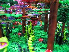 IMG_6860 (LUG Festibriques) Tags: montagne dragon lego exposition fantasy hotdogs jeu caverne fantastique auxerre 2015 scoubidou festibriques
