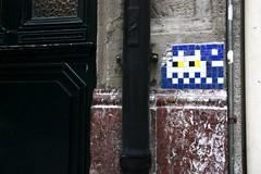 BBO_11 Space invader in Bilbao (Sokleine) Tags: street urban streetart spain ceramics spaceinvader mosaics historic bilbao urbanart espana tiles invader rue espagne citycentre paysbasque artderue biscaye bbo11