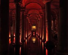 Cisterna Basilica (Yerebatan Saray) (neya25) Tags: turkey basilica trkiye istanbul panasonic trkei cisterna yerebatan saray tz10
