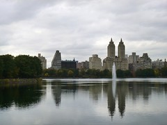 Trip to NYC (heytampa) Tags: nyc newyorkcity lake ny newyork fountain skyline skyscrapers centralpark manhattan reservoir jacquelinekennedyonassisreservoir