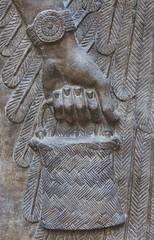 les mains du génie (2) (canecrabe) Tags: museum louvre musée aile génie khorsabad assyrie vannerie sparterie durshurrakin