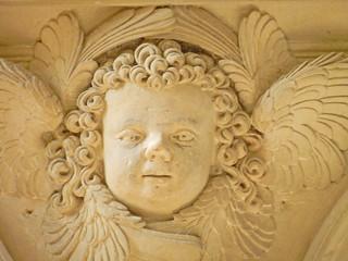 2012.05.25.103 ABBAYE de FONTEVRAUD - L'église abbatiale, le choeur, le déembulatoire