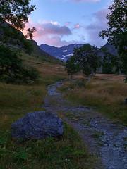 Heas (Manolo Moliner) Tags: walking paisaje senderismo pyrénées pirineos randonnée midipyrénées hautespyrénées pirineocentral