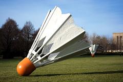 Shuttlecock (Mike Dargy Photography) Tags: sculpture kansascity artmuseum nelsonatkins shuttlecock