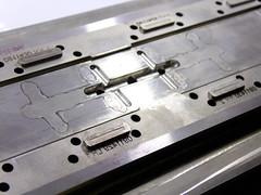 Grabado laser para moldes (www.omellagrabados.com) Tags: gravures grabados gravat grabado engraving molde mold mould referencias inyeccin plstico plastic inyection