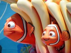 Marlin and Nemo (meeko_) Tags: marlin nemo fish clownfish findingnemo statue finding disneys art animation resort artofanimationresort pixar walt disney world waltdisneyworld florida