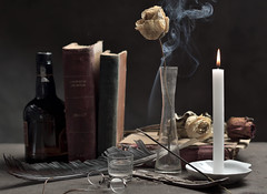 ...Rincn olvidado... (Renato Di Prinzio Fotografa) Tags: yellow flowers color flower light espaa smoke spain still life glass madrid indoor books table candle feather crystal naturaleza humo flor luz fuego velas vaso cristal mesa pluma incienso libros florero