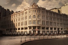 Palcio Avenida / Curitiba (marcelo.guerra.fotos) Tags: tower palace curitiba paran brazil brasil palcioavenida deep colunata history historiccity oldcity