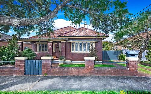 8 Myalora Street, Russell Lea NSW 2046