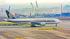 Singapore Airlines : 9V-SRJ Boeing 777-200(ER) (Kan Rattaphol) Tags: airplane aircraft airliner singaporeairlines bkk vtbs boeing b777 b777200 suvarnabhumiinternationalairport suvarnabhumiairport 9vsrj sq