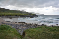 On the beach (VreSko) Tags: irland meer costa landscape hill montana berg mountain sea playa strand stone stein gras natur nature