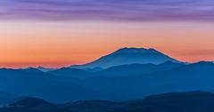 Magenta hour at Mt St Helens (rainer.menes) Tags: oregon usa mtsthelens larchmountain landscape