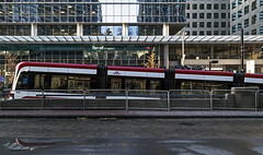 20161118. A TTC Flexity Outlook LRV rises from the underground. (Vik Pahwa Photography) Tags: vikpahwaphotography vikpahwacom toronto ttc streetcar lightrailvehicle lrv infrastructure torontotransitcommission flexity outlook transit 510 spadina lowfloor ramp queensquay bombardier