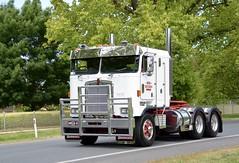 SVS Trucking (quarterdeck888) Tags: trucks transport semi class8 overtheroad lorry heavyhaulage cartage haulage bigrig jerilderietrucks jerilderietruckphotos nikon d7100 frosty flickr quarterdeck quarterdeckphotos roadtransport highwaytrucks australiantransport australiantrucks aussietrucks heavyvehicle express expressfreight logistics freightmanagement outbacktrucks truckies truckshow truckdisplay australiantruckshows castlemaine castlemainetruckshow castlemainetruckshow2016 kw cabover sks svs svstrucking k100e kenworth