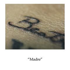 madre (Natalia Surez) Tags: cicatriz marcas cicatrices tattoo tatuaje pecas lunar piel personas persona mujer hombre proyecto medellin sena portafolio feo madre familia basura amistad abuela silla taparlas quitar
