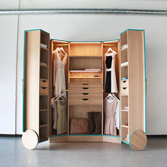 """walk-in_closet4 • <a style=""""font-size:0.8em;"""" href=""""http://www.flickr.com/photos/129600900@N02/31337755751/"""" target=""""_blank"""">View on Flickr</a>"""