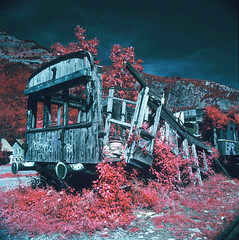 Canfranc, International abandoned train station (santisss) Tags: color abandoned film train de tren 50mm internacional hasselblad estacion infrared expired cf fle canfranc distagon abandonada 503cx hasselblad503cx aerochrome