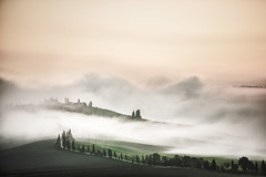 Shadows of Tuscany (alexanderkoch) Tags: street morning italien italy fog sunrise landscape early italia nebel outdoor strasse tuscany crete landschaft sonnenaufgang morgen toskana frh zypressen senesi drausen