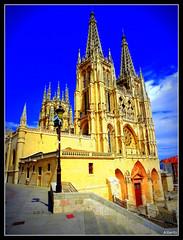 DSC01525 (albertoag) Tags: catedral ciudad estatua burgos fachadas gtica rodrigodazdevivar casadelcordn cidcampeador