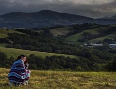 Moment de solitude face a la nature (nina_cotebasque) Tags: nature landscape paysage solitude lonely personnage people mountain evening