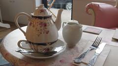 What A Tea Pot! (Katie_Russell) Tags: ni nireland northernireland norniron ulster ireland portrush coantrim countyantrim pankydoo cafe tea teapot cup mug cuppa china