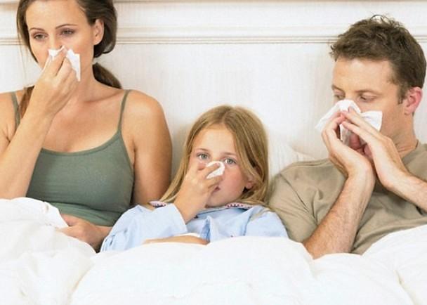 Руководитель Роспотребнадзора советует всезон гриппа определять температуру сотрудникам
