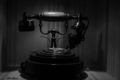 Old phone (Jotha Garcia) Tags: blackwhite telefono jothagarcia nikond3200 lucesysombras lightshadows monocromo monochrome phone retro viejo reliquia relic old vintage 2016 autum otoo october octubre