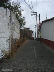 Calle Cuartel Militar en bermeja (taxcolandia) Tags: callecuartelmilitar taxcolandia taxco taxcodealarcn barriodebermeja gro guerrero mxico|mejico|mexique|messico|mexiko|meksyk||||||mx|mx mexico calleheroicocolegiomilitar