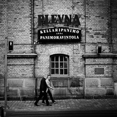 plevna (s_inagaki) Tags: plevna snap tampere finland blackandwhite bnw bw crossing window wall