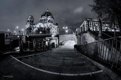 Berlin in Black and white (Thomas Bechtle Fotografie) Tags: berlin berlinerdom city d800 langzeitbelichtung nachtaufnahmen nikon stadt walimexpro fisheye blackandwhite schwarz und weis