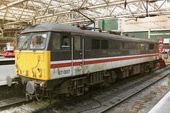 BRITISH RAIL 87007 CITY OF MANCHESTER (bobbyblack51) Tags: british railways 870 br design bobo electric locomotive 87007 city of manchester glasgow central station 1993