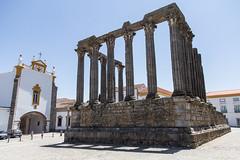 Templo Romano Evora, Largo do Conde de Vila Flor, Evora, Portugal (virt_) Tags: vora portugal 2016 summer europe trip travel travels vacation family kids evora