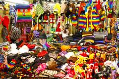 Where's Waldo? (CoolMcFlash) Tags: person man colors colorful sitting christmas market christmasmarket flickrfriday vienna streetphotography canon eos 60d tamron a007 2470 hide hidden mann bunt farben sitzen weihnachtsmarkt wien versteckt fotografie photography candid