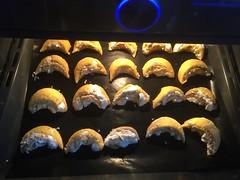 20161119_BurgenlaenderKipferl_061 (weisserstier) Tags: backen baking kche burgenlnderkipferl kipferl nahrungsmittel kuchen dessert nachspeise keks