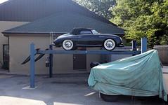 Porsche 356 Speedster (vetaturfumare - thanks for 2 MILLION views!!!) Tags: porsche 356 speedster roadster barchetta black lift hiss repairs hydraulic garage hamptons ny easthampton georgica austin gypsy gipsy cover