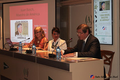 "Charla Juan Bosch maestro de America en Ambito Cultural El Corte Inglés - Dra. María Caballero Wanguemert (11) • <a style=""font-size:0.8em;"" href=""http://www.flickr.com/photos/136092263@N07/30892718495/"" target=""_blank"">View on Flickr</a>"