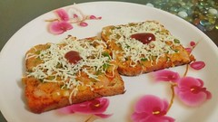Yum Bread Pizza (Komal's recipes) Tags: food foodfiesta foodguide foodprep foodgasm foodie foodporn forkyeah foodies foods foodfoodfood foodforlife foodforsoul foodforthought foodmad foodoholic yumfood tastyfood tasty meal mealprep komalsrecipes cooking scrumptious recipe recipedeveloper recipes delicious hungry yummy